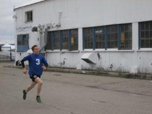 LS Barnard runs during a run and shoot competition